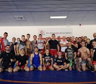 """""""Rebelianci"""" na zgrupowaniach Kadry Narodowej w Kickboxingu ZDJĘCIA"""