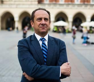 """Hotel wiceministra Andrzeja Gut-Mostowego przyjmuje gości na narty """"Da się załatwić"""""""