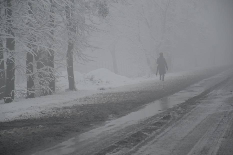 Ślisko na drogach w Żorach! Policja apeluje do kierowców o bezpieczną jazdę