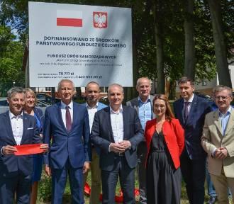 Droga powiatowa Pępowo - Leźno oficjalnie oddana do użytku