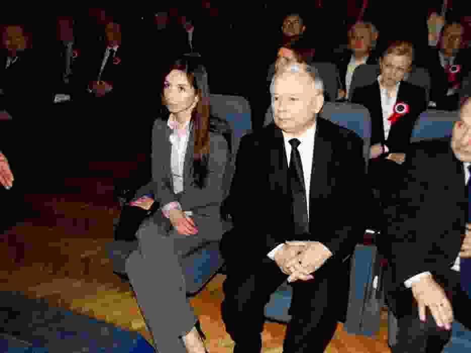 Jarosław i Marta Kaczyńska tuż po przybyciu na konferencję