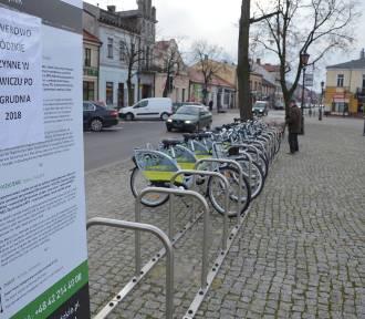 Do Łowicza przywieziono 96 rowerów publicznych. Ich wypożyczenie jest legalne czy nie?