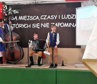 Społeczność Borkowa i gminy Żukowo uczciła 150-lecie Szkoły Podstawowej w Borkowie  ZDJĘCIA