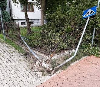 Ułańska fantazja z marnym finałem. Zniszczone ogrodzenie w Goleniowie