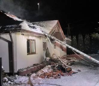 Pożar domu jednorodzinnego w Gościszewie - w akcji 7 zastępów Straży Pożarnej