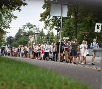 Rybnicka Pielgrzymka na Jasną Górę opuściła Gliwice. W czwartek, 1 sierpnia, drugi dzień wędrówki