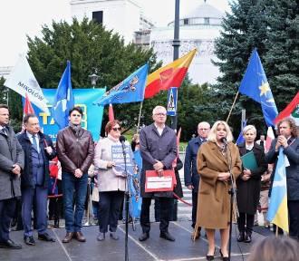 Polski Ład zagraża finansom lokalnym? Ponad 500 samorządowców protestowało w stolicy