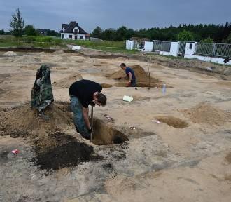 Pajęczno. Ruszyła rozbudowa ul. Jana Pawła II. Archeolodzy czuwają nad robotami ZDJĘCIA