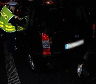 Tczewscy policjanci ustalali przyczyny wypadku na Alei Solidarności