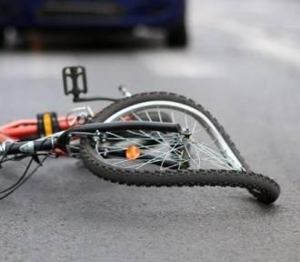 Wypadek na Komorowskiej w Sycowie. Ośmioletni rowerzysta najechał na bok samochodu