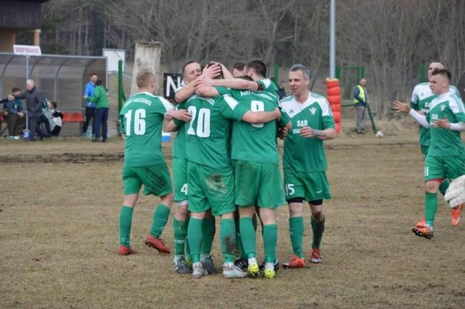 W IV lidze Anioły Garczegorze wygrały 3-0 derby powiatu z Pogonią Lębork