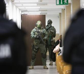 Napad stulecia w Szczecinie. Ukradli towary warte prawie 3 mln zł. Oskarżony to jeden z kierowników