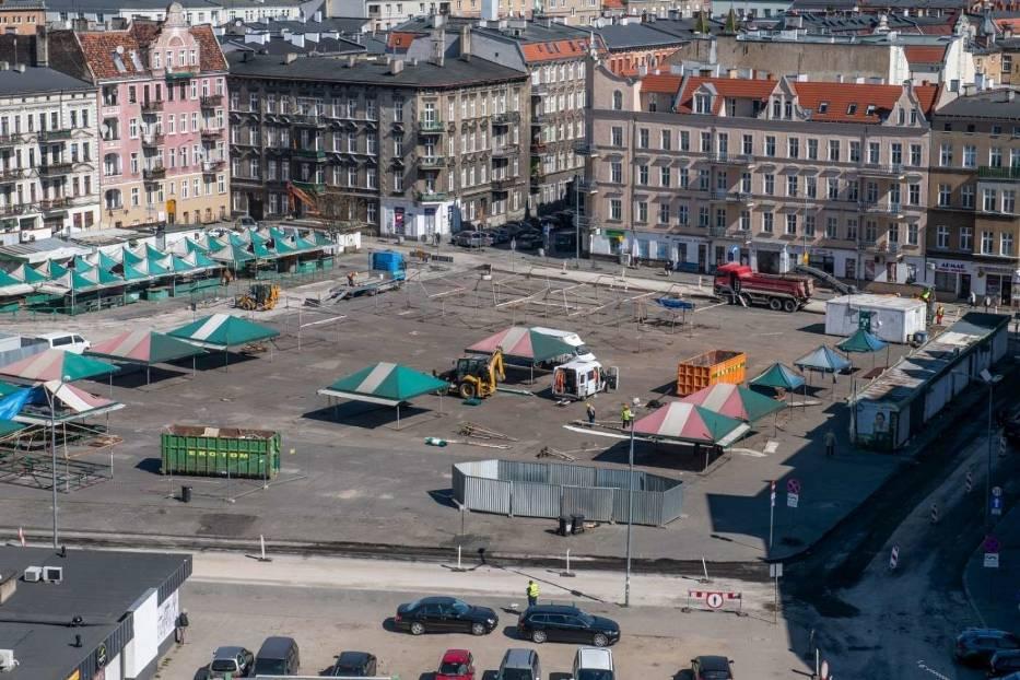 Na rynku Łazarskim trwają prace związane z jego przebudową