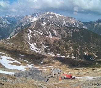 Uwaga w Tatrach. Komunikat lawinowy TOPR