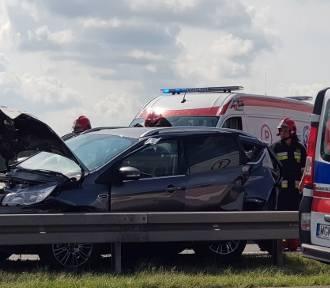Wypadek kilku pojazdów na trasie S8. Nie żyje 5-letnie dziecko (FOTO)