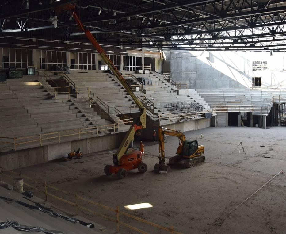 Prace przy wnętrzu nowej hali widowiskowo-sportowej w Radomiu są już mocno zaawansowane