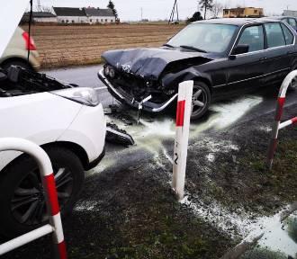 Zderzenie BMW i Hyundaia na trasie Opalenica - Grodzisk [ZDJĘCIA]