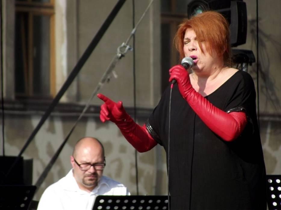 Sobotni koncert w ramach krakowskich Wianków rozpoczęła Krystyna Prońko