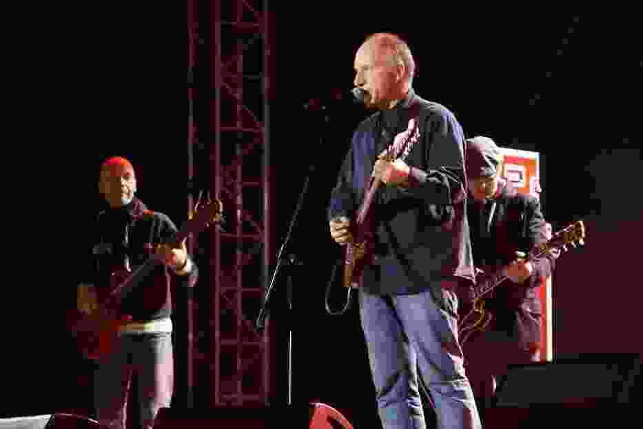 Trzymaj Pion, 30 lecie NZS, Elektryczne gitary, Kuba Sienkiewicz