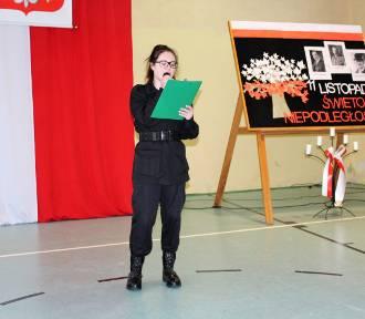 Święto Niepodległości i ślubowanie pierwszoklasistów w CKZiU na Norwida w Złotowie