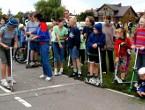 Podczas festynów na Miasteczku rowerowym rozgrywane są różnego rodzaju konkurencje sportowe. Fot. Iwona KAMIEŃSKA