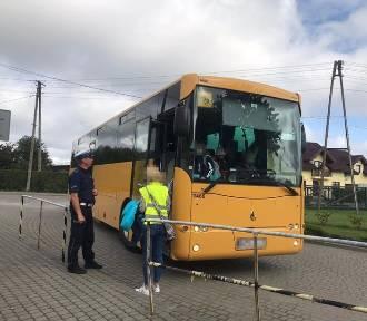 Pucka policja kontra szkolne autobusy. Są twarde kontrole