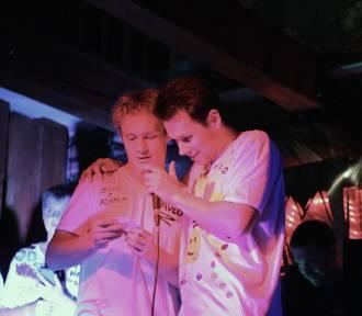 """Wokalno-rapowany finał projektu """"Selfie z Asnykiem"""" w Klubie Muzycznym Młyn w Gnieźnie [FOTO,"""