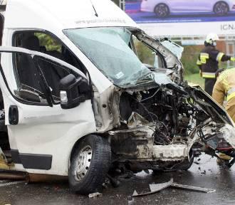 Wypadek w Skarszewie na drodze wojewódzkiej 470. Cztery osoby zostały ranne. ZDJĘCIA