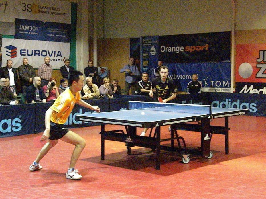 Pojedynek jedynek z których lepszym okazał się Wang Chen (Silesia) pokonując Szymona Malickiego (Ostródzianka) 3:0 (11-4, 12-10, 11-7)
