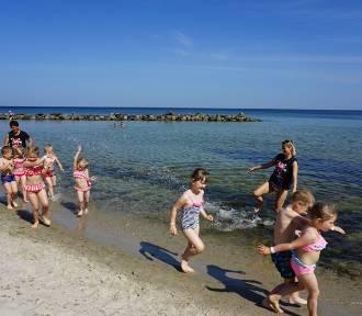 Darłowo: Tak było na plaży - upał i nauka dla dzieci 2019 [ZDJĘCIA]