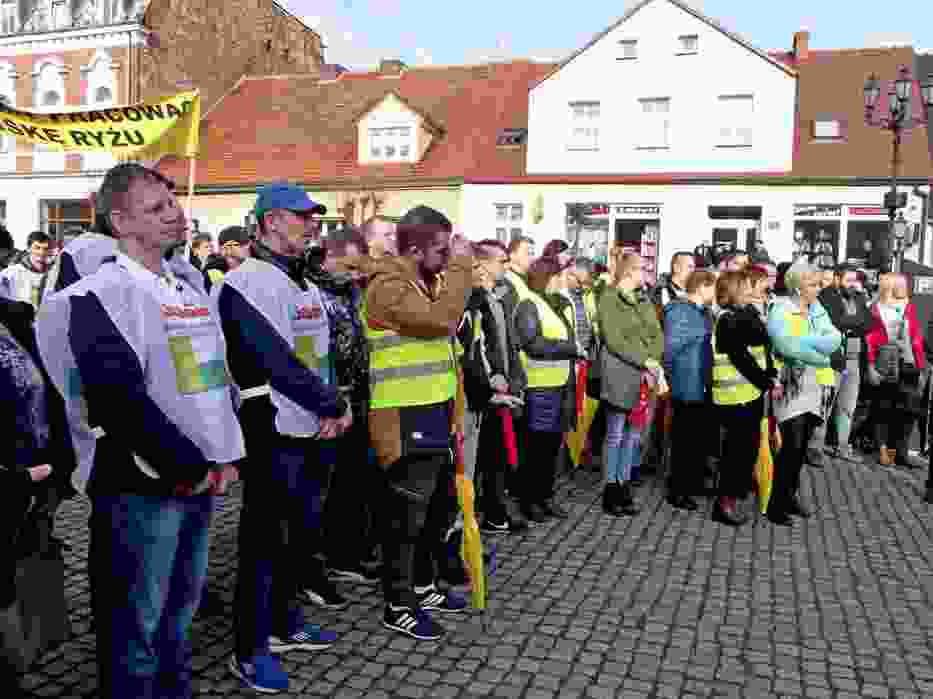 NSZZ Solidarność IKEA Idustry i IKEA Retail, ZZ Budowlani IKEA Industry Oddział WEST w Chlastawie protestowali
