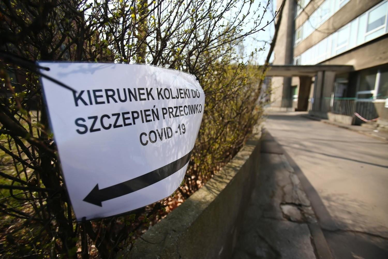 Ministerstwo Zdrowia poinformowało w Niedzielę Wielkanocną o 22 947 nowych i potwierdzonych przypadkach zakażenia