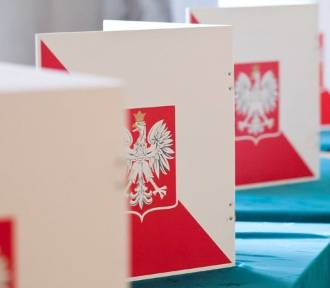 Trwają wybory do Sejmu i Senatu [GODZINY GŁOSOWANIA]