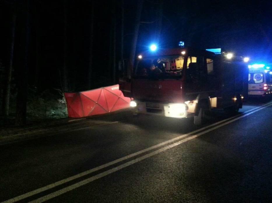 Bukowiec: Rowerzysta zginął po zderzeniu z Mercedesem