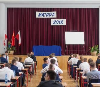 Matura 2018 WOS - wiedza o społeczeństwie poziom rozszerzony. Matura WOS 11.05.2018 rozszerzenie