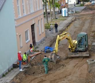 Sławno: Trwa remont ulicy Mickiewicza i Bankowej [ZDJĘCIA - postęp prac]  - co z ul. Kopernika?