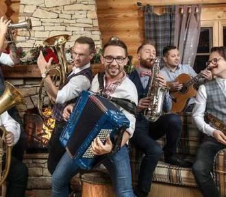 """Boże Narodzenie w Sztuce w Malborku. Kolędowanie ze """"Śląskiem"""" i Enejem, dobroczynny koncert"""