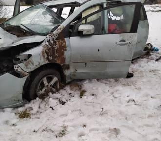 Wypadek na DK 28. Matka z dzieckiem w szpitalu