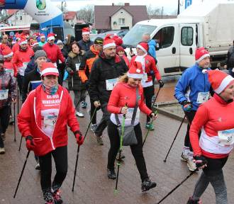 XIX Bieg Mikołajkowy w Jarosławcu 2019 - starty dzieci i młodzieży, Nordic Walking [ZDJĘCIA] -