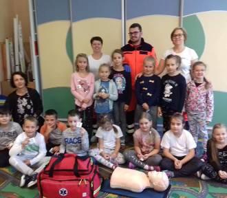 Maltańczycy z oddziału Tarnówka odwiedzili Niepubliczną Szkołę Podstawową w Stawnicy [ZDJĘCIA]