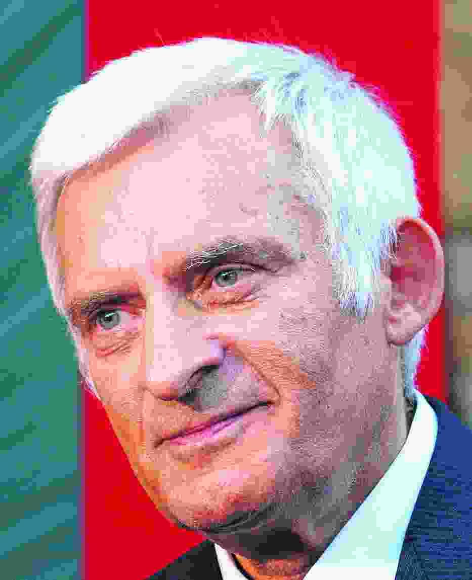 Wśród ViP-ów przybyłych na krynickie forum jest Jerzy Buzek