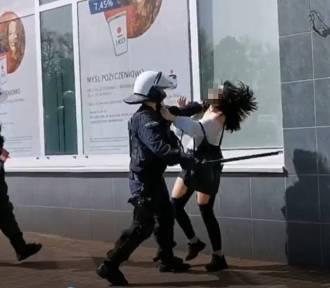 Dolnośląska policja komentuje film z zatrzymania kobiety w Głogowie i publikuje inny