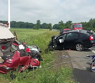 Tragiczny wypadek w regionie. Nie żyje uczennica Zespołu Szkół Mechanicznych w Radziejowie [zdjęcia]
