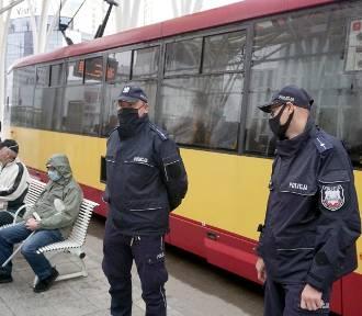 Policyjne kontrole maseczek w tramwajach i autobusach!
