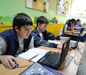 20 tys. komputerów z internetem dla dzieci. Rząd zapowiada nowy program