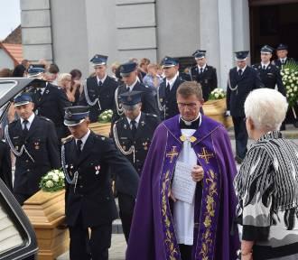 Pogrzeb dzieci, które utonęły w Darłówku Zachodnim