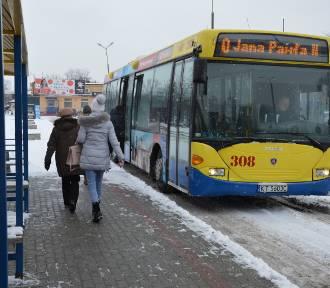 Tarnów. Miejskie autobusy jeżdżą rzadziej, bo ubyło im pasażerów