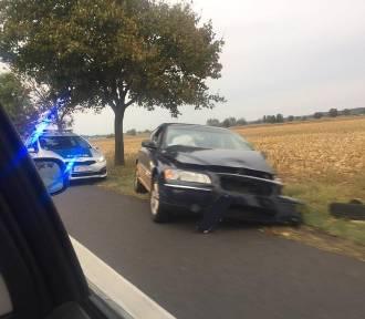 """Pijany kierowca sprawcą kraksy i korku na """"jedenastce"""" [ZDJĘCIA]"""