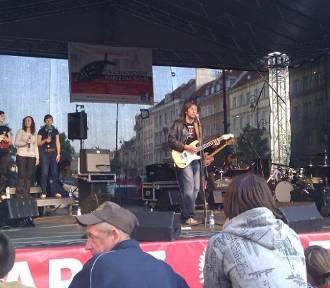 Grzegorz Kloc w Chodzieży. Muzyk da koncert na plenerowej scenie przy MOSiR
