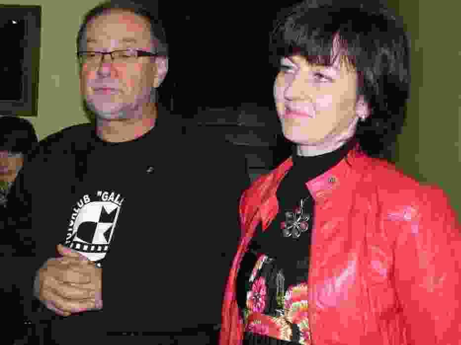 Joanna Szymczuch z Andrzejem Ładą podczas otwarcia wystawy w Polnym Koniku